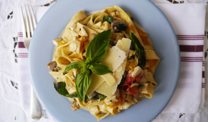 Fettuccine with salted duck egg and creamy sauce #13
