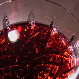 A glass of red wine – a poem