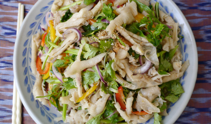 How to make yum tien gai - Lao chicken feet salad recipe #42